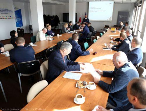 Poola liigub lähemale Rail Baltica ehitamisele